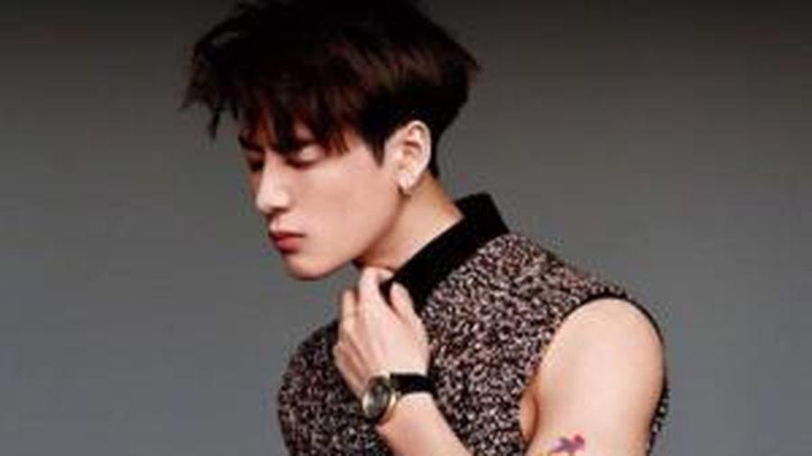 Vương Gia Nhĩ (Jackson Wang) khoe cơ bắp cuồn cuộn trên Elle, hé lộ ý nghĩa những hình xăm