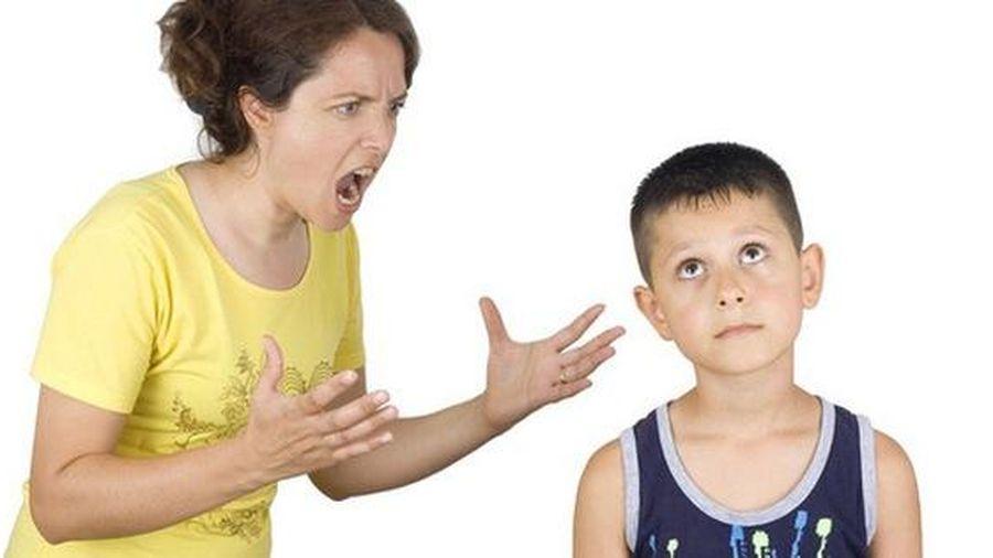 10 hành động tưởng có hại nhưng cha mẹ khôn ngoan không nên cấm con làm