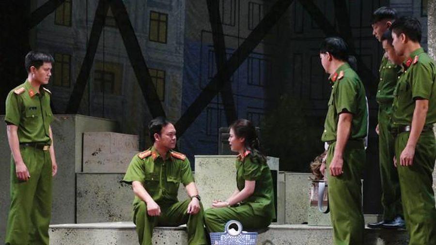 Khai mạc Liên hoan sân khấu về 'Hình tượng người chiến sĩ CAND' năm 2020