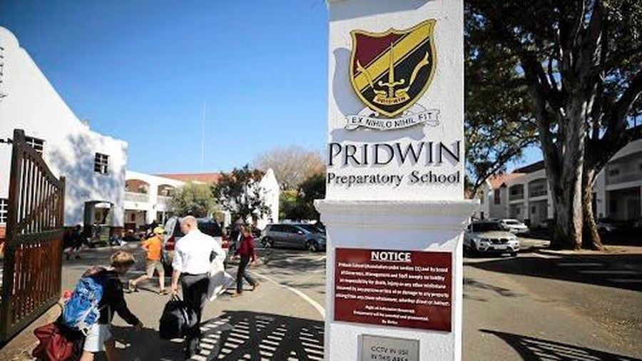 Trường cho học sinh thôi học vì bất đồng với phụ huynh, Việt Úc không phải ngoại lệ