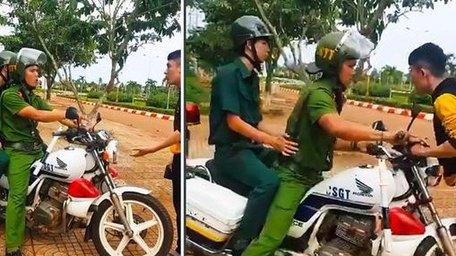 Đồng Nai: CSTT huyện Cẩm Mỹ lao xe công vụ vào người dân, lãnh đạo huyện thờ ơ né tránh