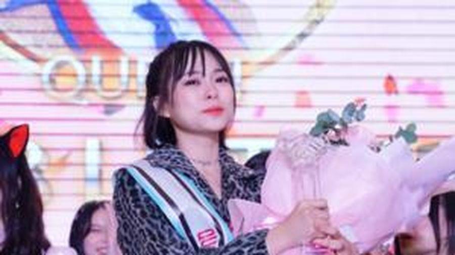 Vừa chiến thắng ở sự kiện Handshake của SGO48, Lệ Trang bị công ty đình chỉ mọi hoạt động