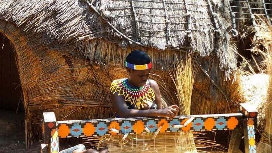 Giản dị mà bền vững lều dân gian châu Phi