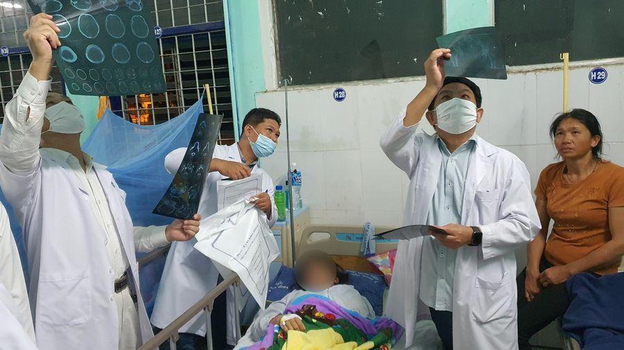 Tình hình sức khỏe mới nhất của các nạn nhân bị thương nặng trong vụ tai nạn 6 người chết ở Kon Tum
