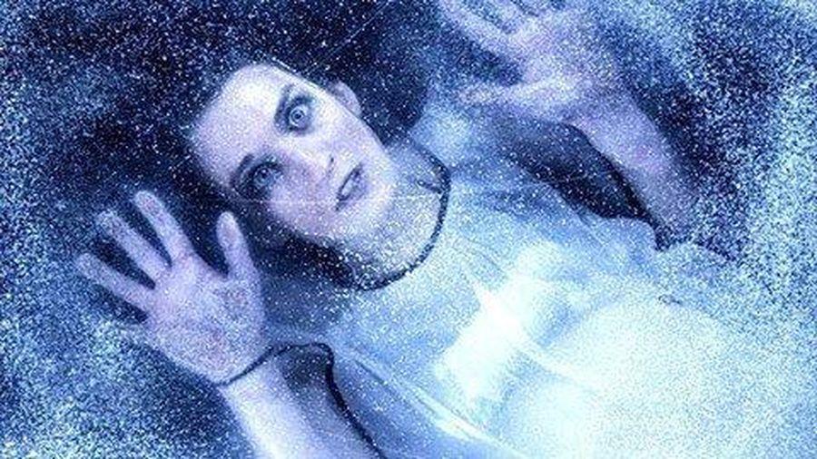 Cô gái bị rơi xuống hồ băng -30 độ , đóng băng cơ thể suốt 6 tiếng và sự hồi sinh thần kỳ