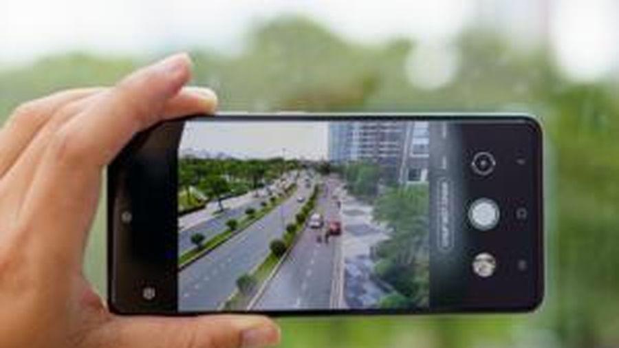 Dùng thử chế độ Chụp Một Chạm trên bộ đôi smartphone tầm trung của Samsung