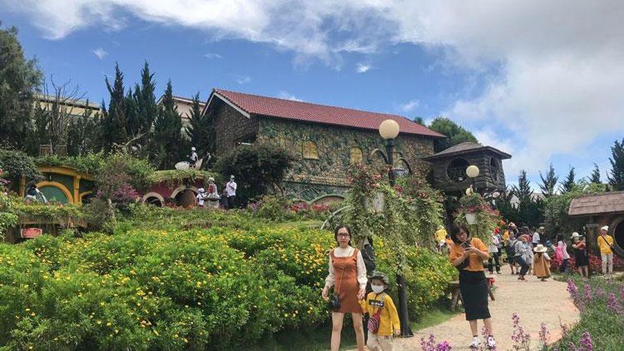 Lâm Đồng: Đà Lạt hủy hơn 16 ngàn phòng