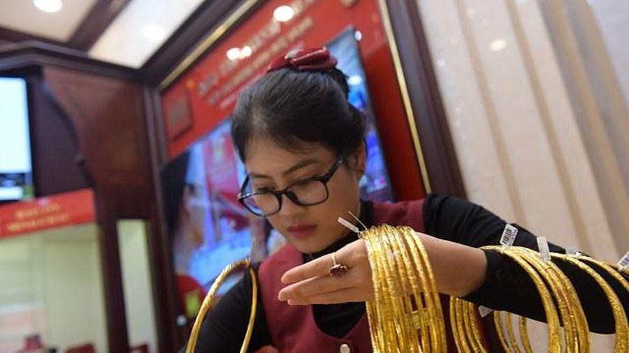 Dù giá vàng tăng cũng không nên 'lướt sóng'