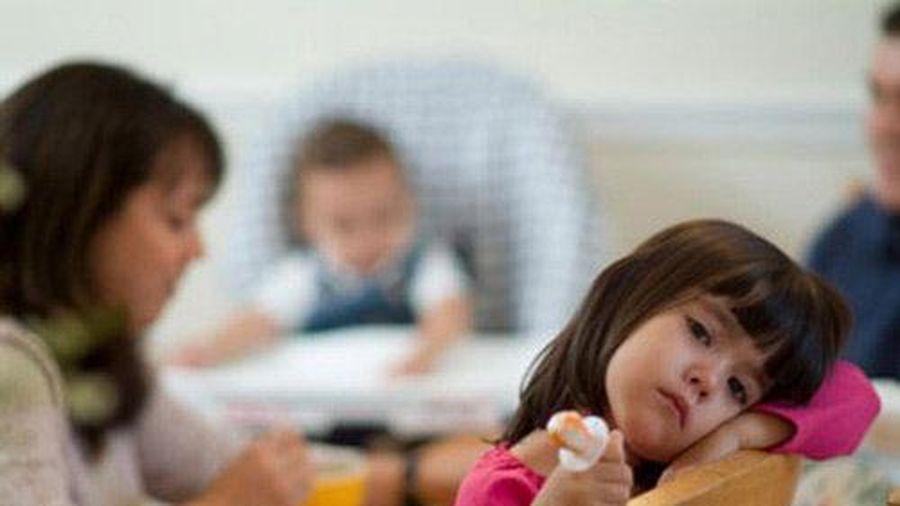 Những câu cha mẹ đừng bao giờ nói với con, vì sẽ tổn thương nghiêm trọng đến trẻ