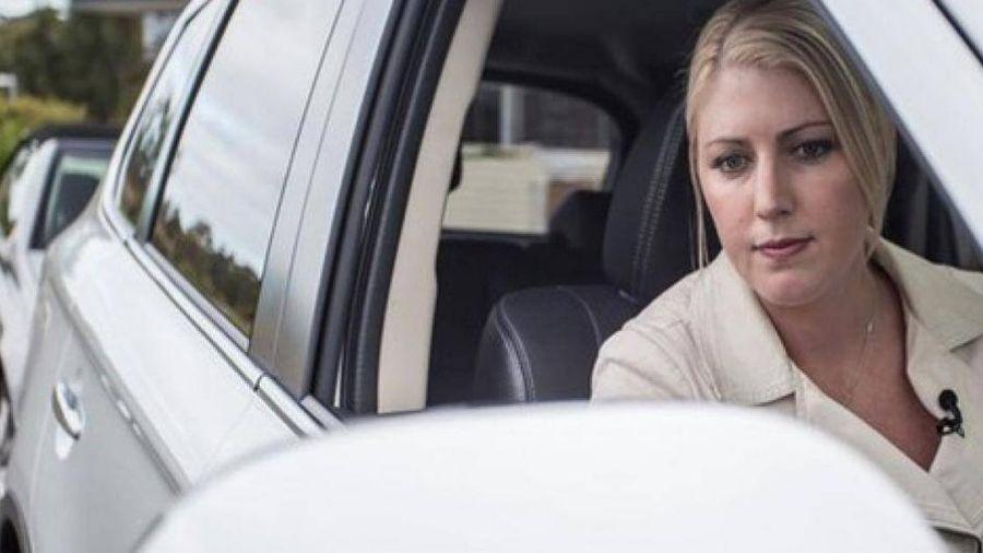 Những lỗi tai hại cần tránh khi lùi xe vào nơi đỗ