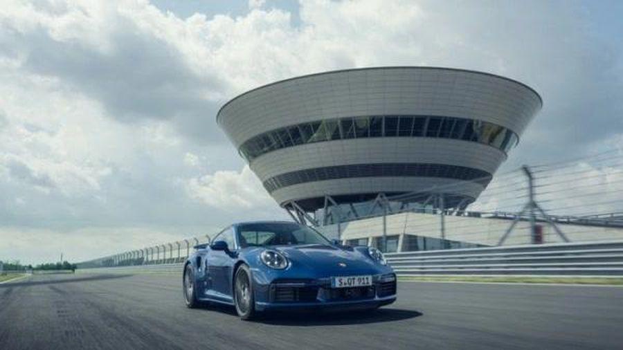 Nửa đầu năm 2020, hãng xe Đức Porsche làm ăn thế nào?
