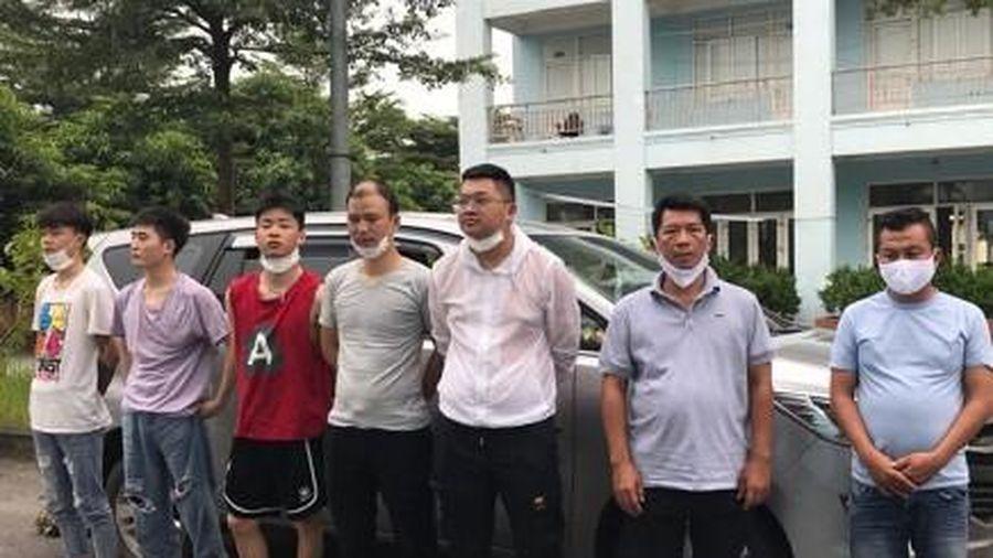 Đưa người nước ngoài nhập cảnh trái phép vào Việt Nam phải ngồi tù tới 15 năm?