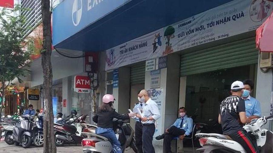 TP HCM: Liên quan bệnh nhân Covid-19, tạm dừng hoạt động một chi nhánh ngân hàng Eximbank