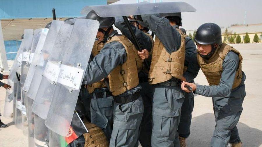 IS tấn công Afghanistan, 75 tù nhân lợi dụng bỏ trốn