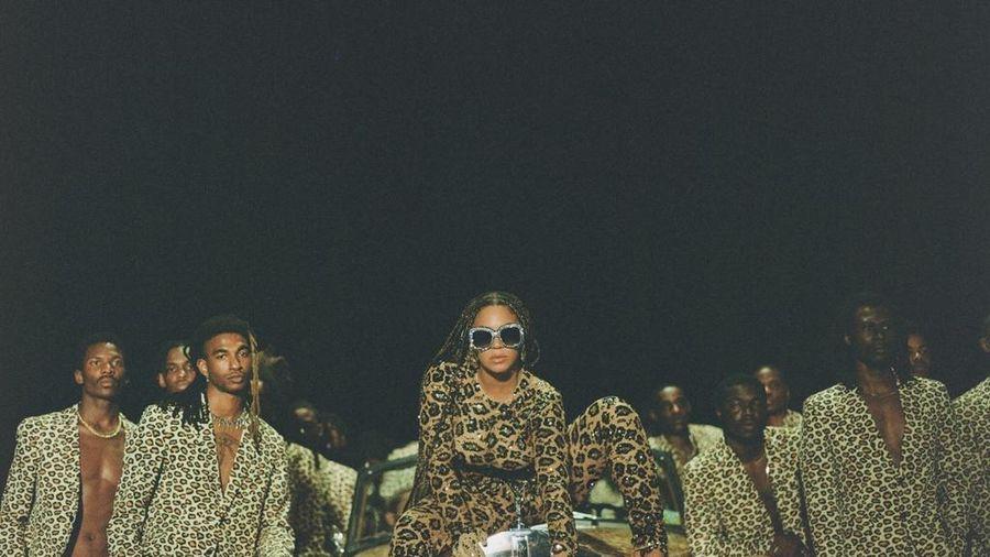 Beyoncé mặc toàn váy áo đặc biệt trong 'Black Is King'
