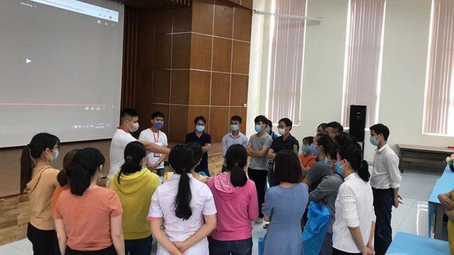 Chi viện khẩn cán bộ y tế cho Thừa Thiên Huế và Quảng Nam