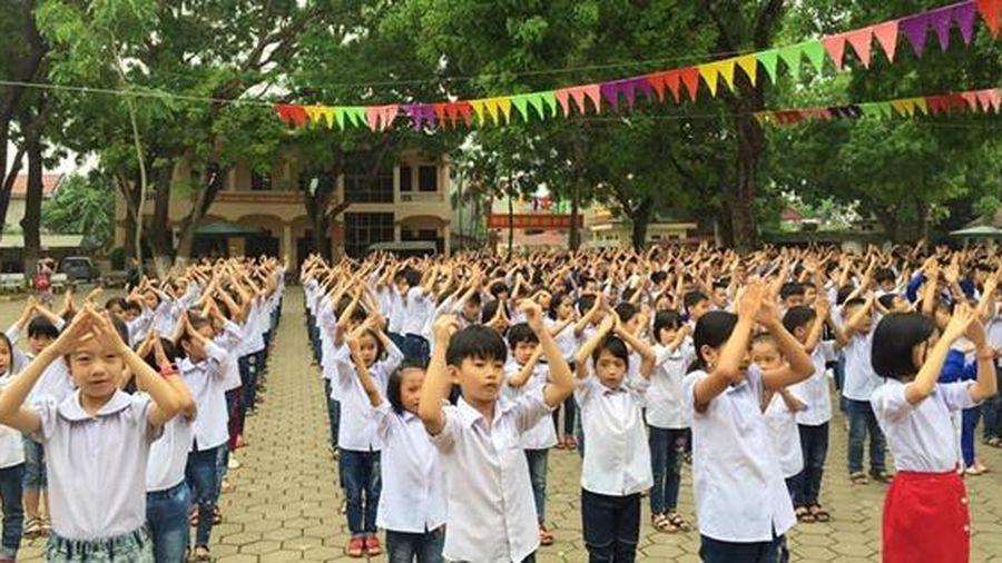 Ninh Bình: Bốc thăm chọn lớp và giáo viên chủ nhiệm