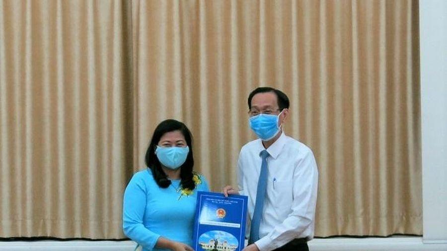 Bà Nguyễn Thị Hồng Thắm được bổ nhiệm làm Phó Giám đốc sở Nội vụ TP.HCM