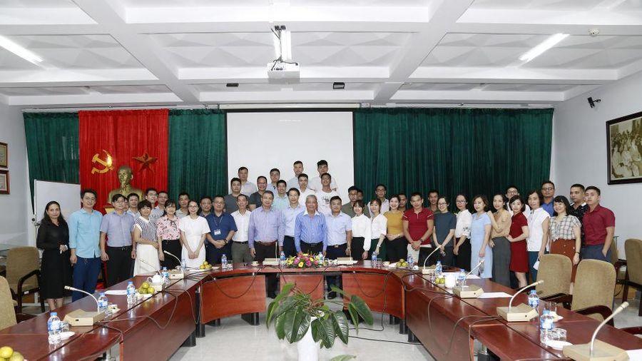 Bộ Ngoại giao khai giảng khóa học Bồi dưỡng kỹ năng phiên dịch các ngôn ngữ Anh, Pháp, Trung Quốc