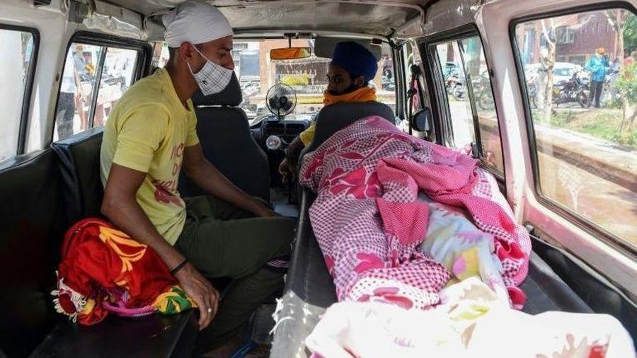 98 người thiệt mạng vì rượu lậu độc hại tại Ấn Độ