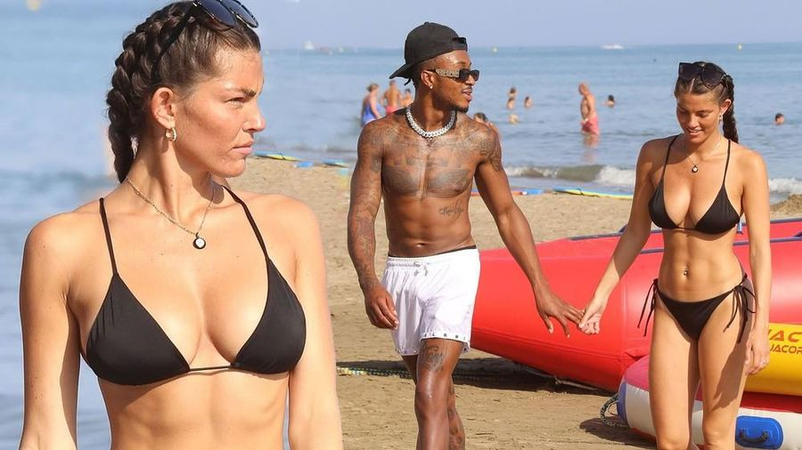 Rebecca Gormley quá đẹp với bikini khi đi nghỉ với bạn trai ở biển