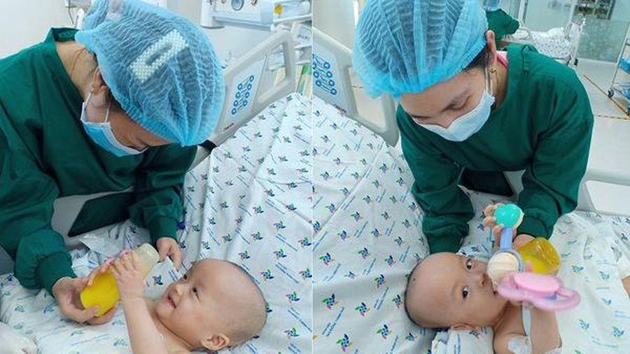 Sau 20 ngày mổ tách, hai bé song Nhi đã tự hít thở khí trời