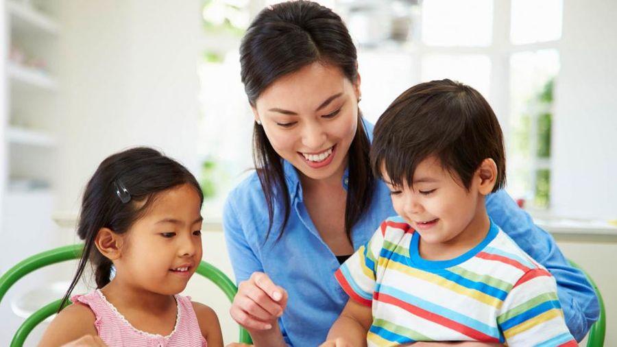 Làm thế nào để nuôi dạy những đứa trẻ hạnh phúc?