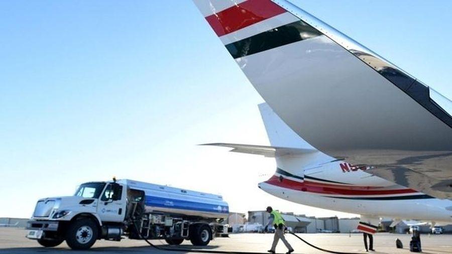 Bắt đầu áp dụng mức thuế bảo vệ môi trường mới cho nhiên liệu bay