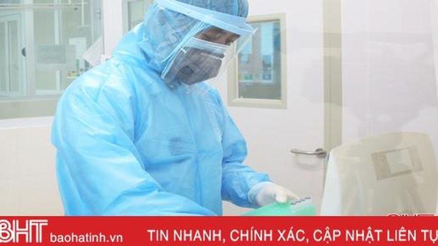 Hành khách người Hà Tĩnh cùng chuyến bay với BN 448 có kết quả âm tính lần 1 với SARS-CoV-2