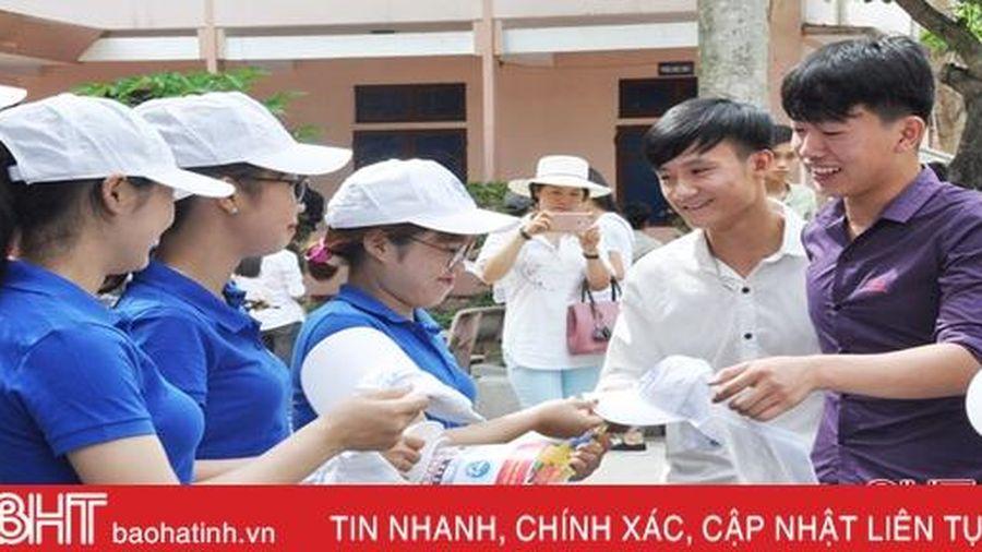 70 đội tình nguyện, phản ứng nhanh tiếp sức mùa thi THPT ở Hà Tĩnh