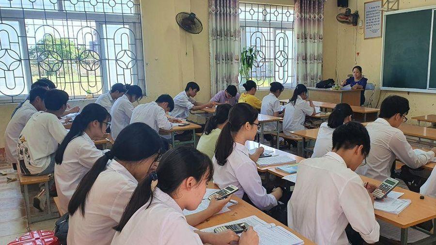 Thi tốt nghiệp THPT 2020: Hưng Yên gắn kỳ thi an toàn với phòng, chống dịch COVID-19