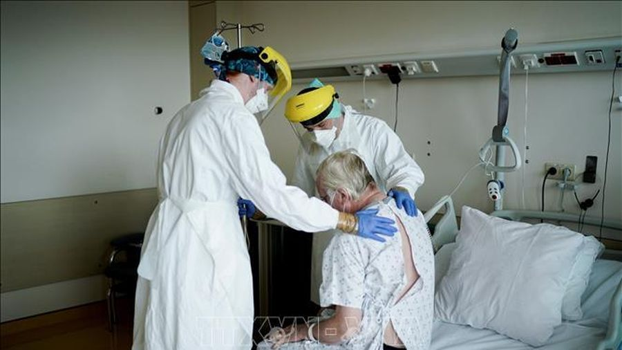 Số ca mắc COVID-19 điều trị đặc biệt tại Bỉ tăng gấp đôi trong một tháng