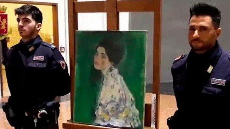 Bức họa 2.500 tỷ đồng tự đi về bảo tàng sau 23 năm lưu lạc