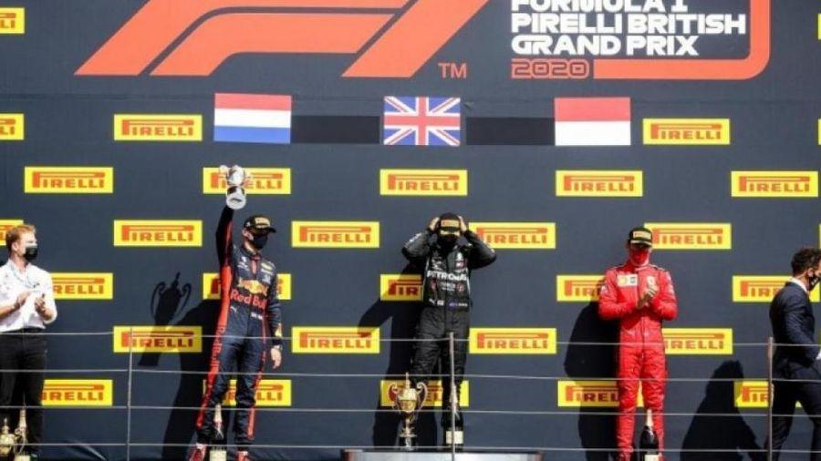 Xe nổ lốp, Lewis Hamilton vẫn giành chiến thắng chặng F1 Anh