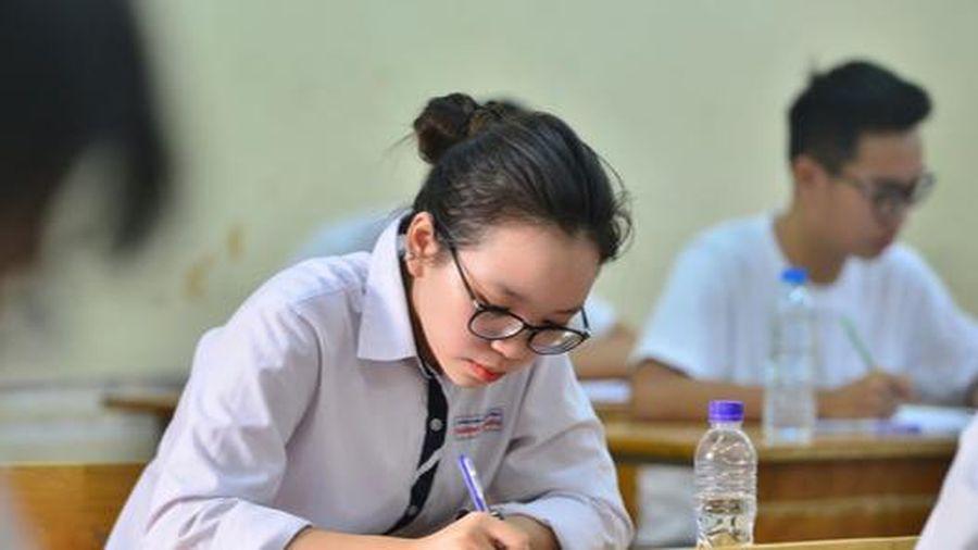 Bộ trưởng Bộ GD&ĐT đề xuất tổ chức kỳ thi tốt nghiệp THPT 2020 đúng kế hoạch