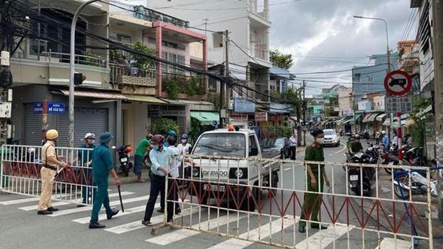 TP Biên Hòa (Đồng Nai): Người dân chỉ ra khỏi nhà khi thật sự cần thiết