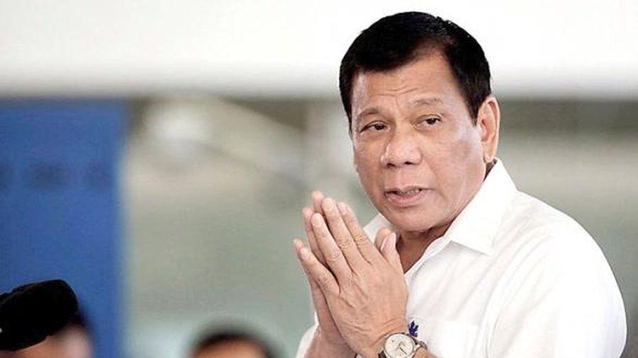 Tổng thống Philippines xin lỗi vì không đủ ngân sách hỗ trợ người dân ứng phó Covid-19