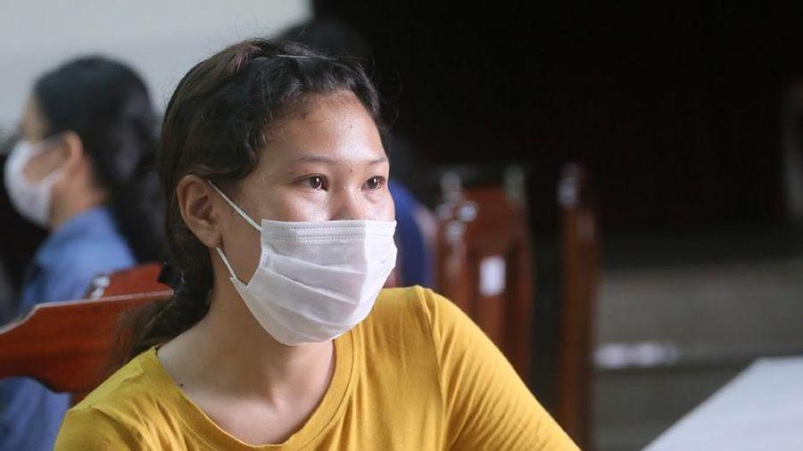 Nữ sinh ngành y giấu gia đình tham gia chống dịch Covid-19