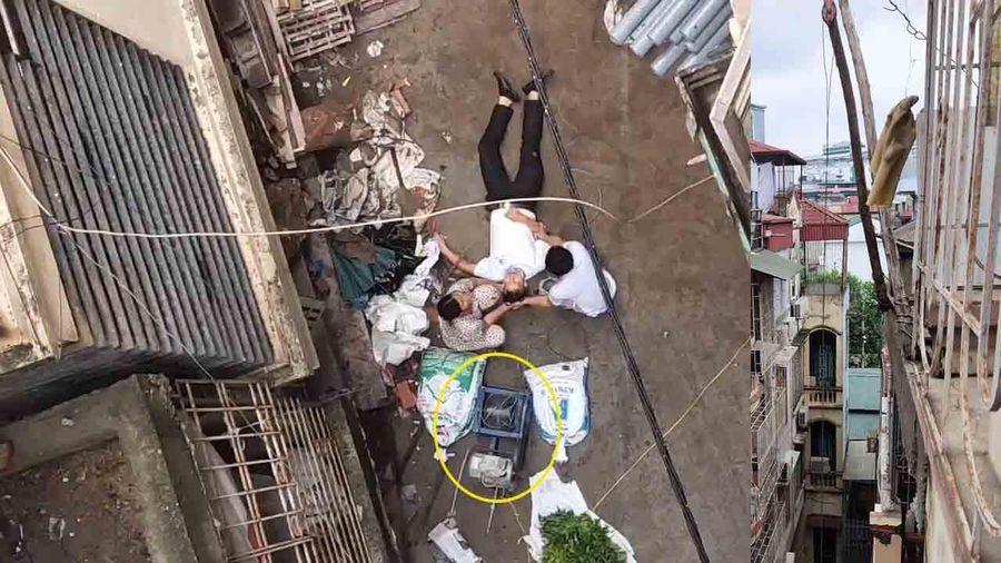 Đang đi bộ, người đàn ông bị xe rùa từ tầng 5 rơi trúng