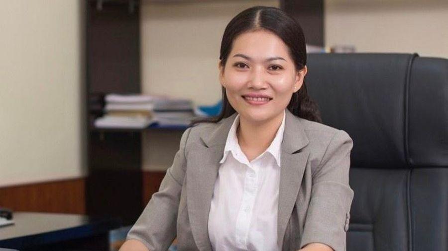 Nữ tiến sĩ 39 tuổi làm hiệu trưởng ĐH Thủ Dầu Một
