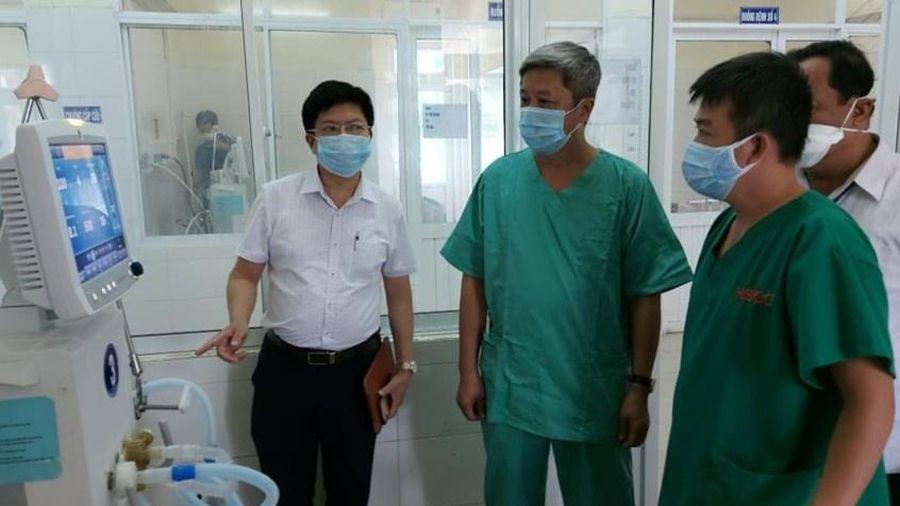 Chuyển bệnh nhân nặng sang BV Phổi Đà Nẵng