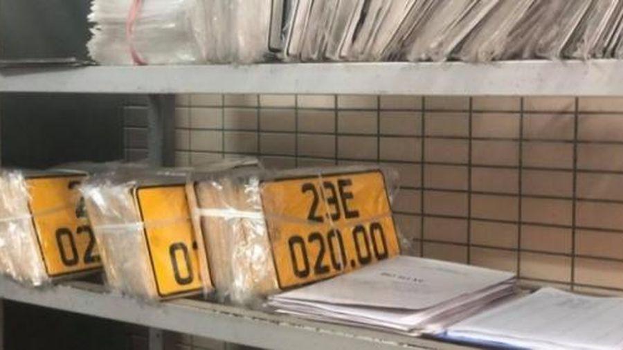 Biển số màu vàng: 467 xe kinh doanh vận tải được cấp, đổi trong 3 ngày