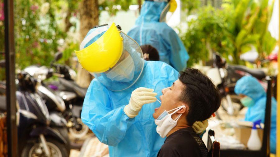 Hải Phòng cử 33 bác sĩ, điều dưỡng 'chi viện' cho Đà Nẵng