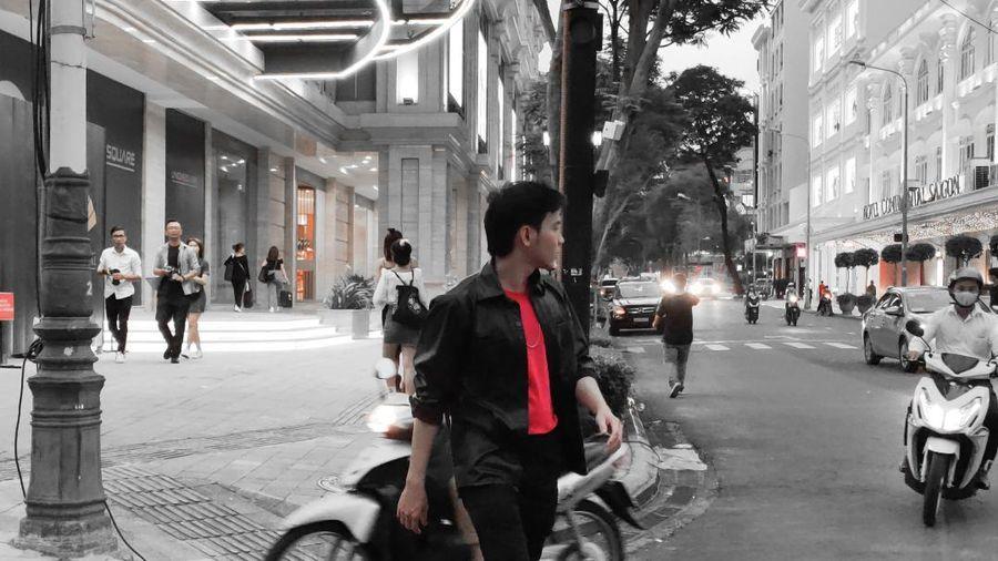 Một Sài Gòn đầy xúc cảm qua video quay bằng Reno4 của bạn trẻ Sài Gòn