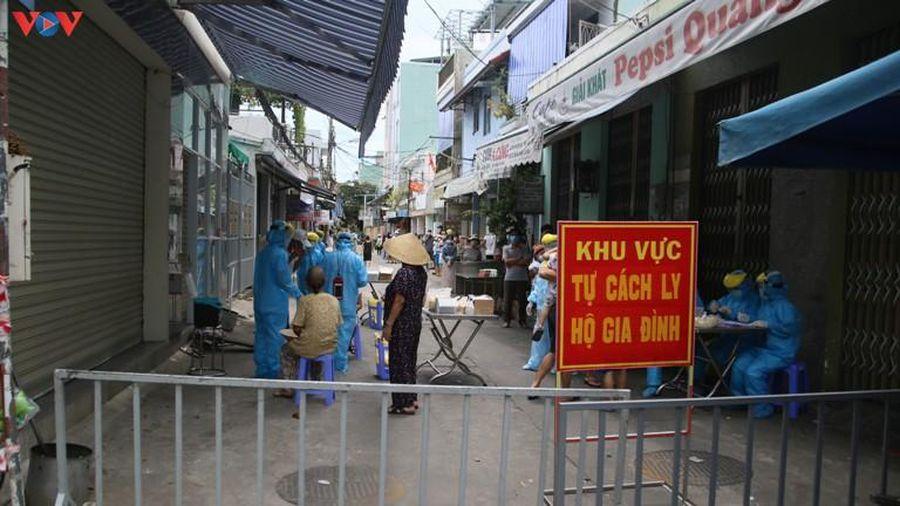 Người dân Đà Nẵng chủ động xét nghiệm Covid-19, khai báo y tế