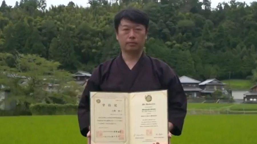 Thành thạc sĩ 'ninja học' đầu tiên vì đam mê các sát thủ xưa