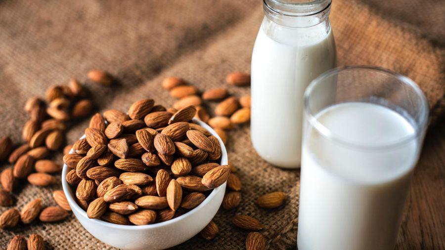 Công thức làm sữa hạnh nhân đơn giản, tăng cường sức đề kháng