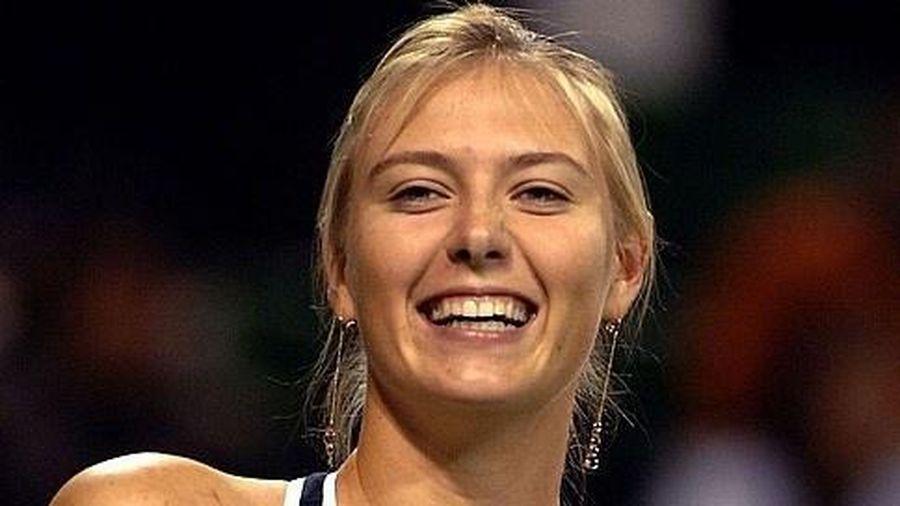 Sharapova tập luyện ở mọi nơi để giữ dáng đẹp