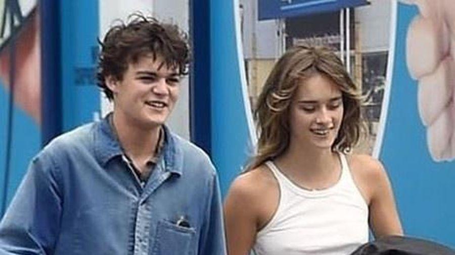 Con trai Johnny Depp dạo phố cùng bạn gái