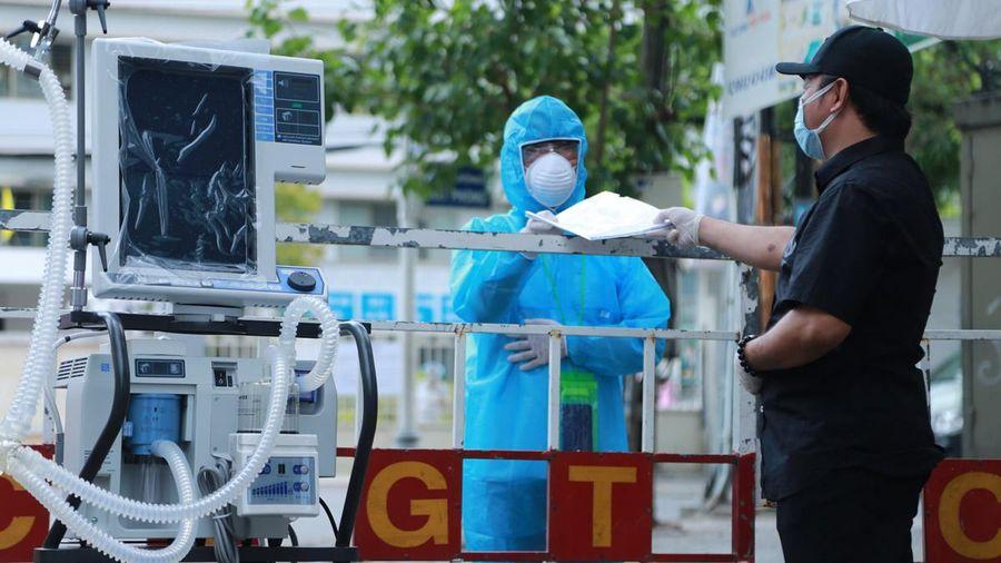 Bệnh viện Đà Nẵng tiếp nhận thêm 5 máy thở